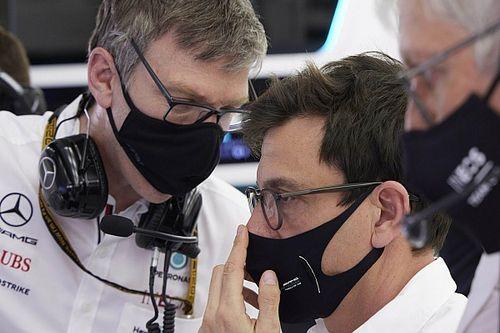 """Mercedes: Arrêter le développement,une """"décision délicate"""""""