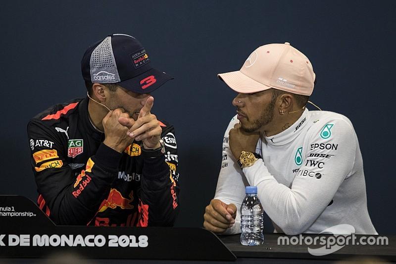 Hamilton: Ricciardo'nun Mercedes'e gelmesi mümkün değil