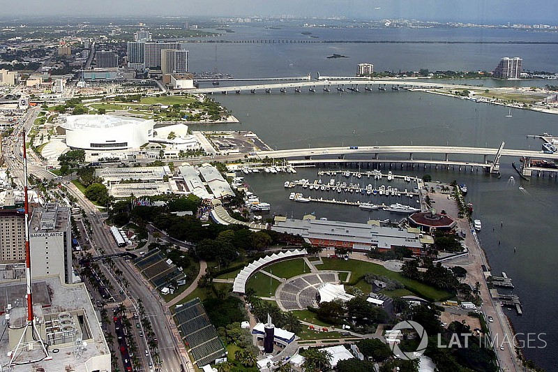 "Miami Mayor: F1 race like hosting Super Bowl ""for the next 10 years"""