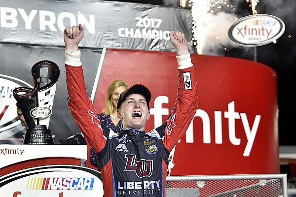 NASCAR XFINITY Byron conquista Xfinity, após batalha com Sadler