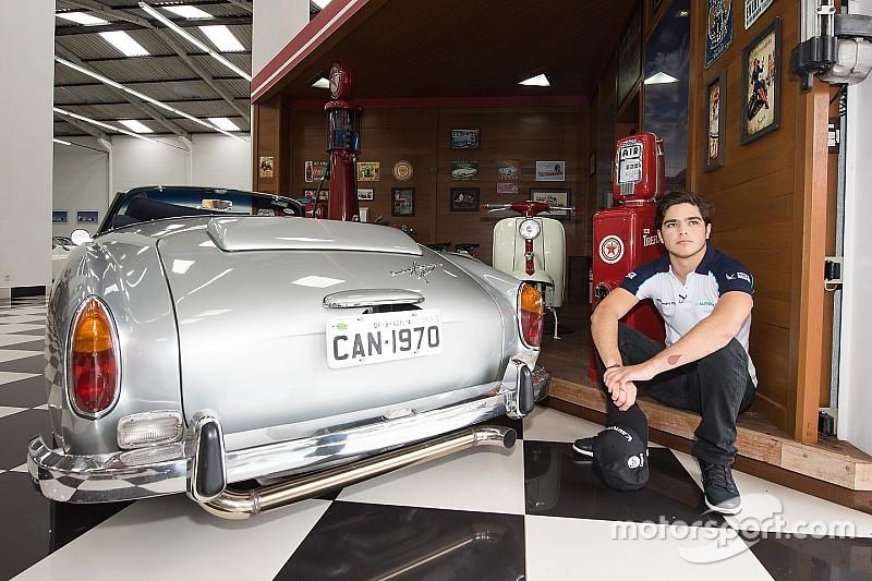 Carro do Mr. Bean? Como 'Nelsão' levava filhos à escola