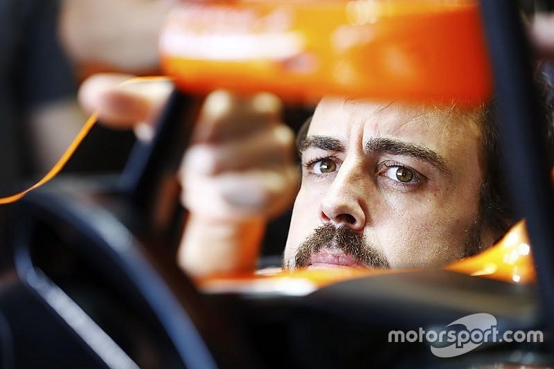"""Alonso pide un """"cambio de marcha"""" a McLaren-Honda"""
