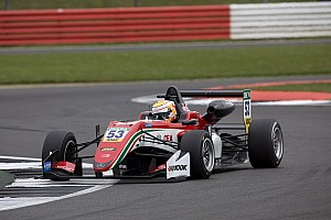 F3 Europe Race report Silverstone F3: Ilott fights back to dominate Race 3