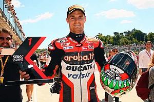 WSBK Reporte de la carrera Davies gana en Imola una carrera acortada por un accidente de Laverty