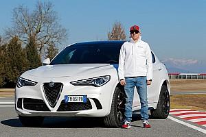Räikkönen és Giovinazzi az Alfa Romeo hazai pályáján örömautóztak