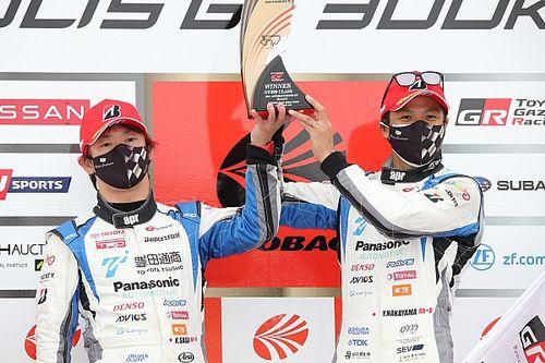 スーパーGT第6戦オートポリス決勝レポート(GT300):31号車プリウスが独走でポール・トゥ・ウィン