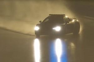 Le Mans Feature Video: Der spektakuläre Drift des Safety-Cars im Regen von Le Mans
