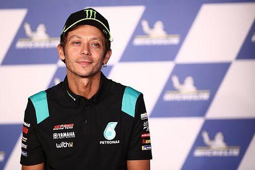 """MotoGP: Mundo do esporte presta homenagem a Valentino Rossi, o """"Michael Jordan das motos"""""""
