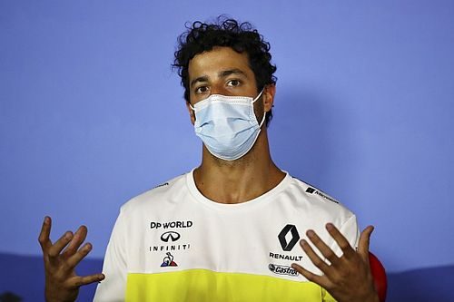 Ricciardo: Ha nem hagyom ki az FP2-t, a pole-ból rajtolhattam volna!