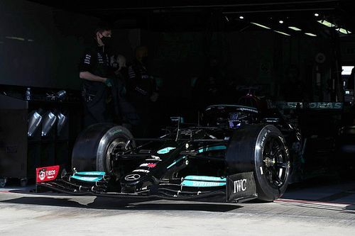Hamilton, Pirelli lastik testinin ilk gününü tamamladı
