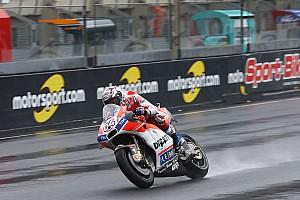 MotoGP Репортаж з практики Гран Прі Франції: Довіціозо виграв другу дощову практику