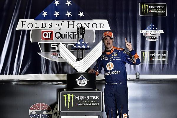 NASCAR Cup Brad Keselowski regala la vittoria alla Penske ad Atlanta