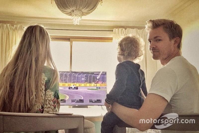 Rosberg megérkezett a mi világunkba - hiányzik még neki a Forma-1!