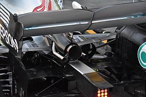 Mercedes: scarico centrale carenato e braccio della sospensione a diapason