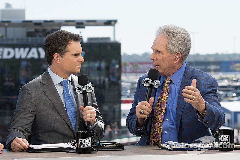 In a 'no-brainer,' Jeff Gordon to continue as Fox Sports analyst