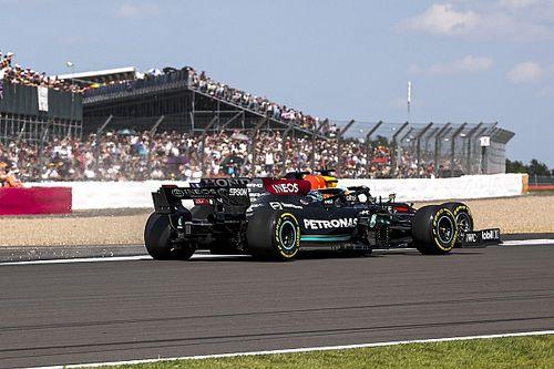 F1: Hamilton diz que repetiria ataque a Verstappen em Silverstone da mesma maneira