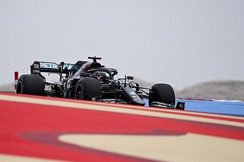 Hamilton uit kritiek op banden van Pirelli voor 2021