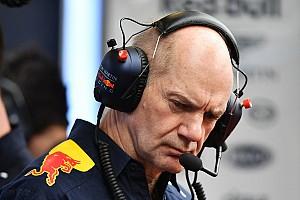 Формула 1 Слухи Cлухи: Renault пытается увести Ньюи из Red Bull