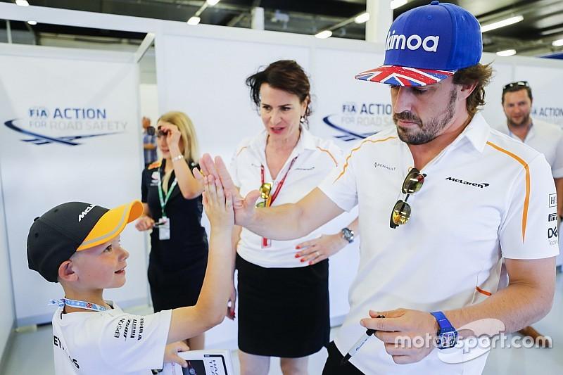 """Alonso: """"Veo a mucha gente en McLaren feliz y más optimista sobre el futuro"""""""