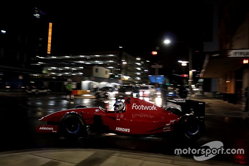 Vidéo - Le court-métrage des F1 dans les rues d'Adélaïde