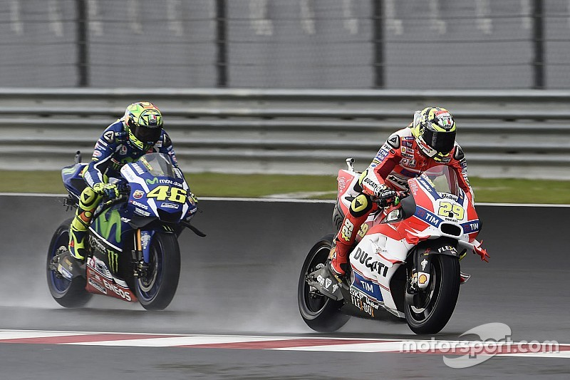 Iannone regrets not settling for third after Honda crashes