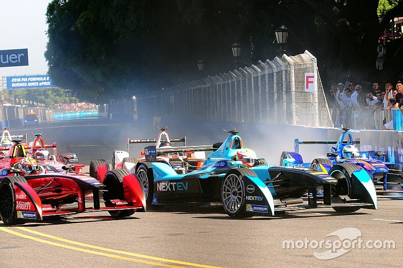 NEXTEV TCR's Turvey clinch two points in the Buenos Aires ePrix