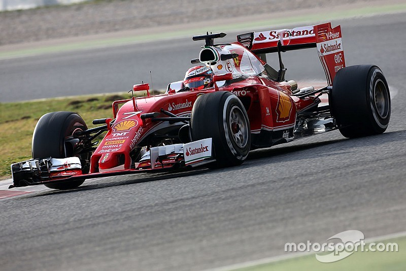 Raikkonen sets rapid morning pace for Ferrari on ultra-softs