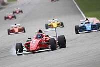 F4 SEA: Malaysian wows the crowd in final race