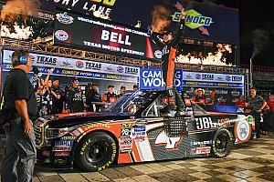 NASCAR Truck Race report Bell edges Briscoe as race finishes under caution