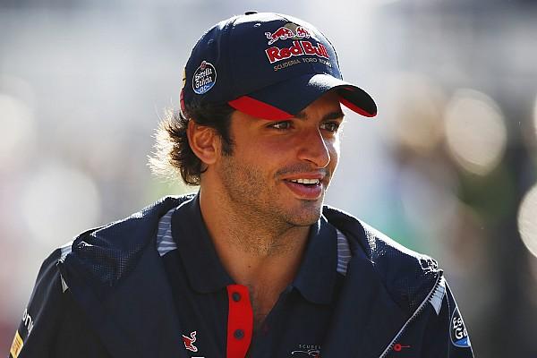 """F1 速報ニュース """"レンタル移籍""""のサインツ「僕は自分のキャリアをレッドブルに任せた」"""