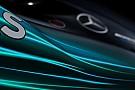 Mercedes, yeni W09'u Silverstone'a getirdi