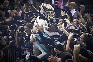 Forma-1 Motorsport.com hírek Hamilton újabb kegyetlen hétvégéje a Forma-1-ben: tökéletes