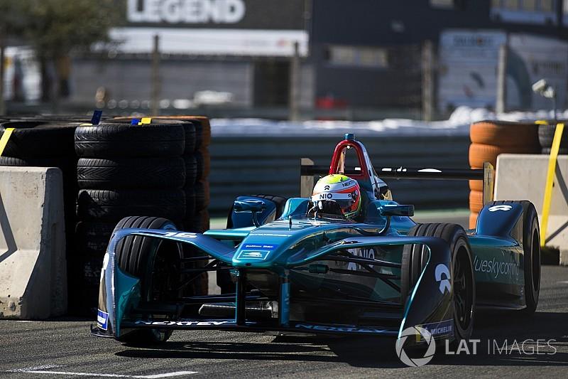 Turvey volta a liderar teste em Valência; Di Grassi é 8º