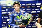 Helm spesial Rossi, tribut untuk Hayden dan Totti