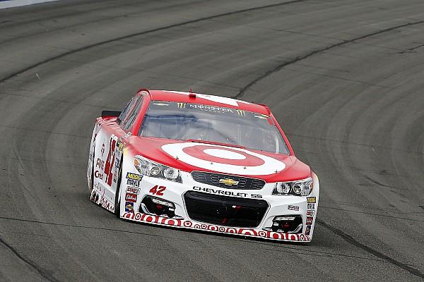 NASCAR Cup La pioggia di Martinsville regala la pole a Kyle Larson