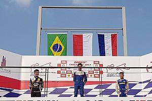 Indian Open Wheel Race report MRF Dubai: Indonesia Raya berkumandang, Presley Martono menangi Race 4