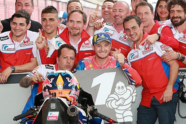 MotoGP Arjantin: Yağmurlu tangoda slick lastikli Miller pole'de!