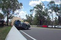 Vídeos: tres accidentes espectaculares en Bathurst