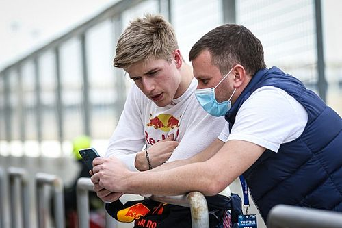 Red Bull junior Vips prepared to wait for F1 chance after Tsunoda promotion