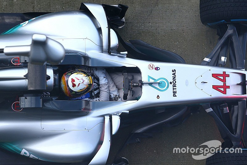 Галерея: Mercedes F1 W08 у деталях