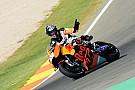 Fotogallery: Tony Cairoli in pista a Valencia sulla KTM RC16 MotoGP