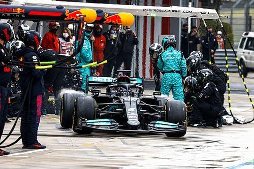 """Mercedes geeft toe: """"Onze pitstops zijn niet goed genoeg"""""""
