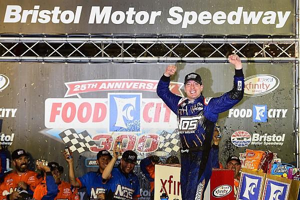 NASCAR XFINITY Últimas notícias Imbatível, Kyle Busch vence prova da Xfinity Series
