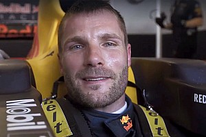 DTM-Champion Martin Tomczyk testet Formel-1-Auto
