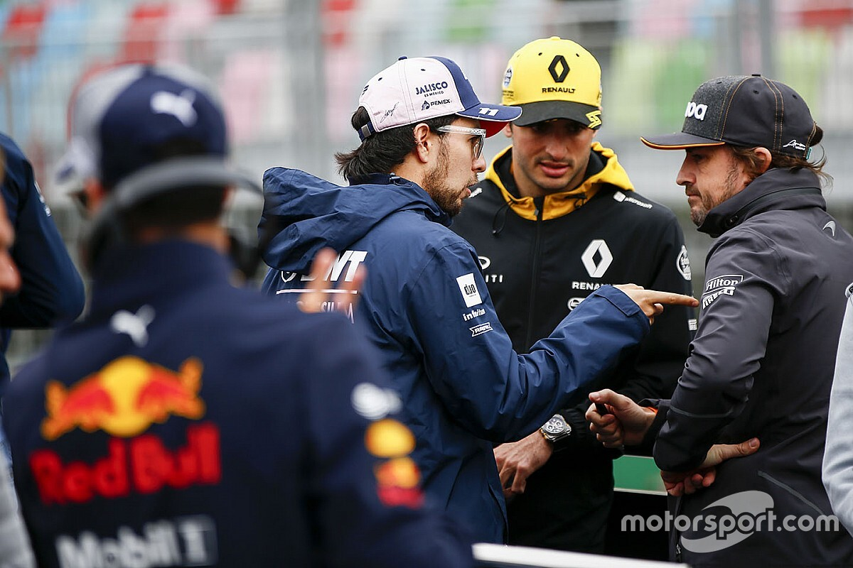 F1'in yöneticileri ve pilotlar, sporun geleceğiyle ilgili toplantı yaptı