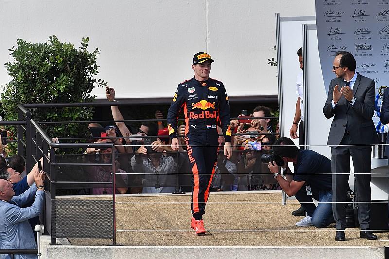A Red Bullnak kellett helyre tenni Verstappent