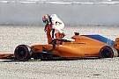 Alonso provoca primeira bandeira vermelha dos testes