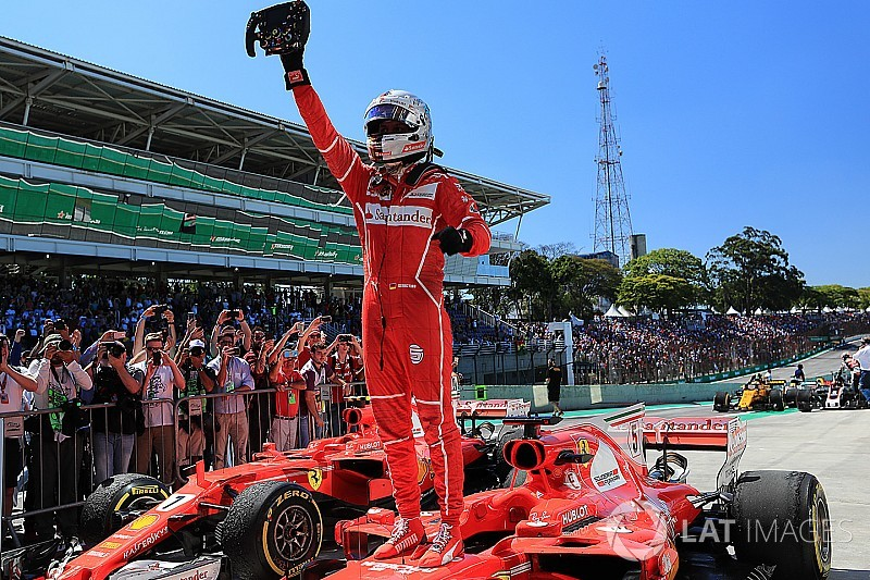 Brazilian GP: Vettel wins as Hamilton recovers to fourth