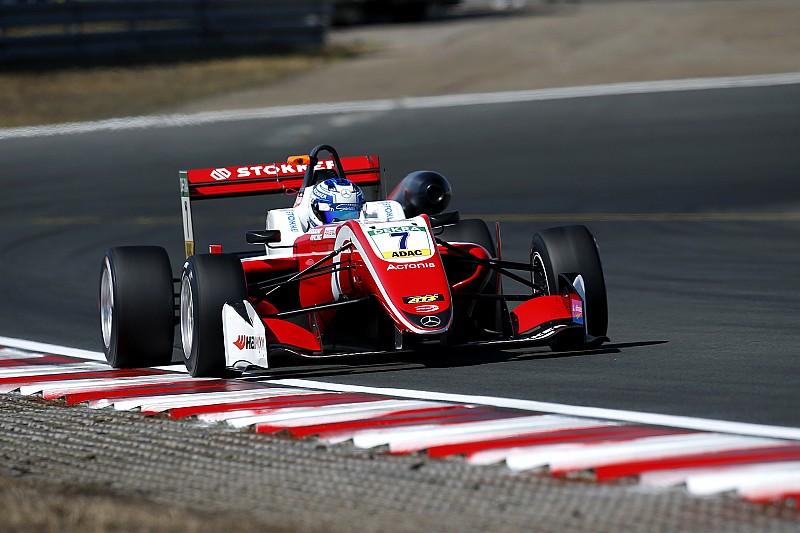 Aron conquista Gara 1 a Zandvoort, Prema monopolizza il podio