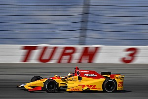 IndyCar Practice report Pocono IndyCar: Hunter-Reay leads opening practice, Carpenter crashes